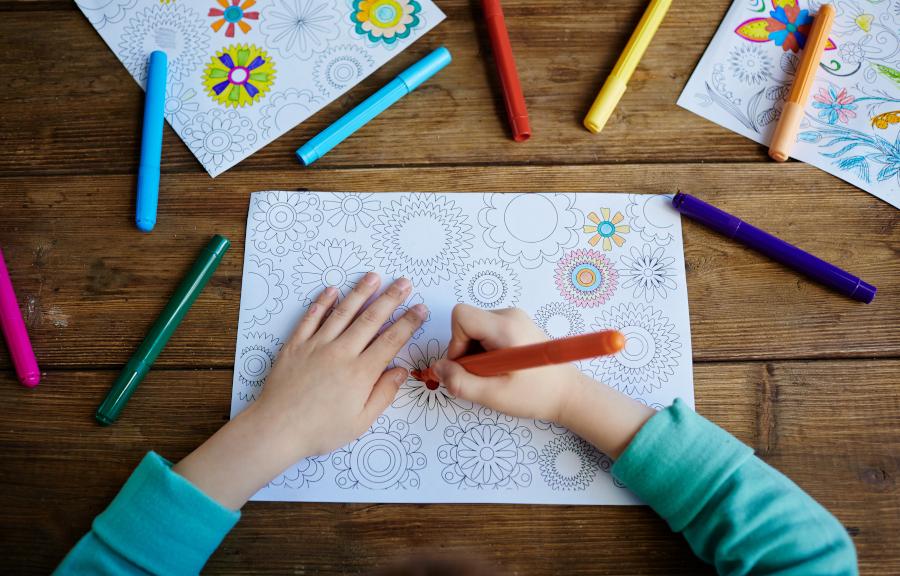 samodzielne zabawy dla dzieci - trudne kolorowanki